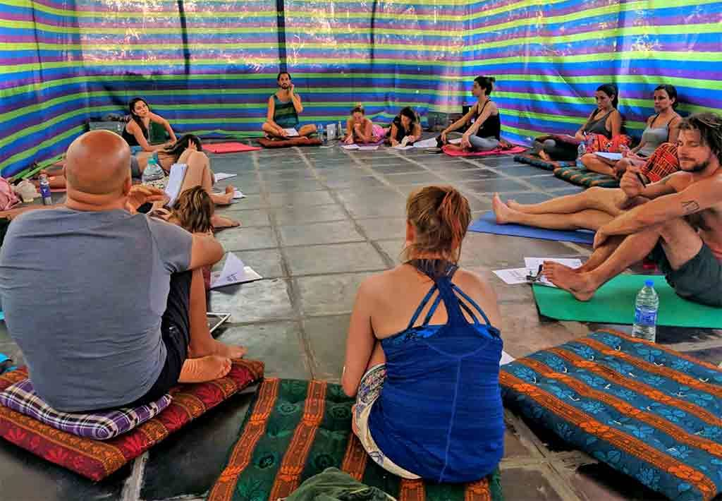 Shanti Yoga Teacher Training - Classroom